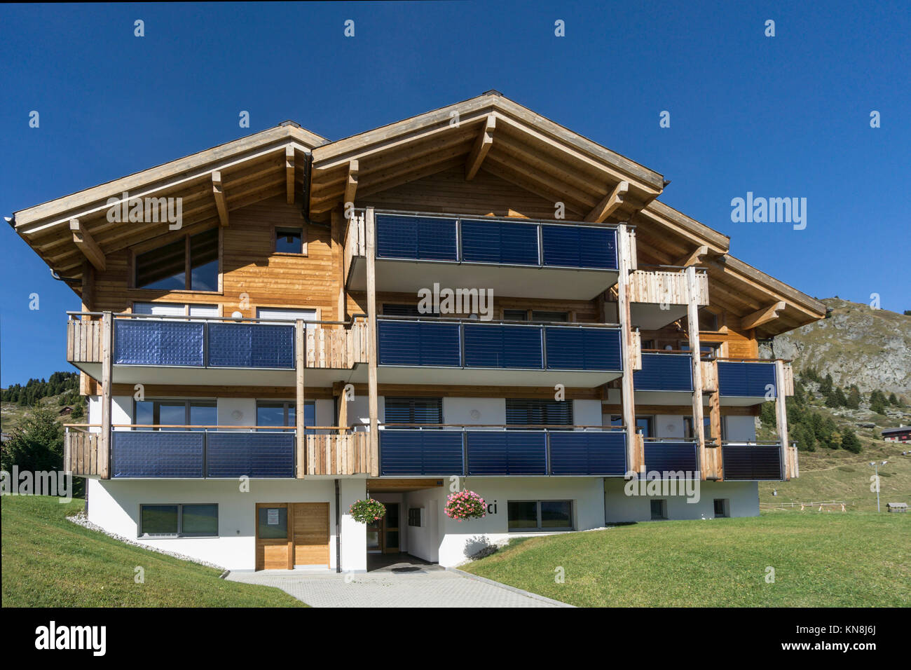 Private house with soloar panals, Riederalp, Valis, Switzerland - Stock Image