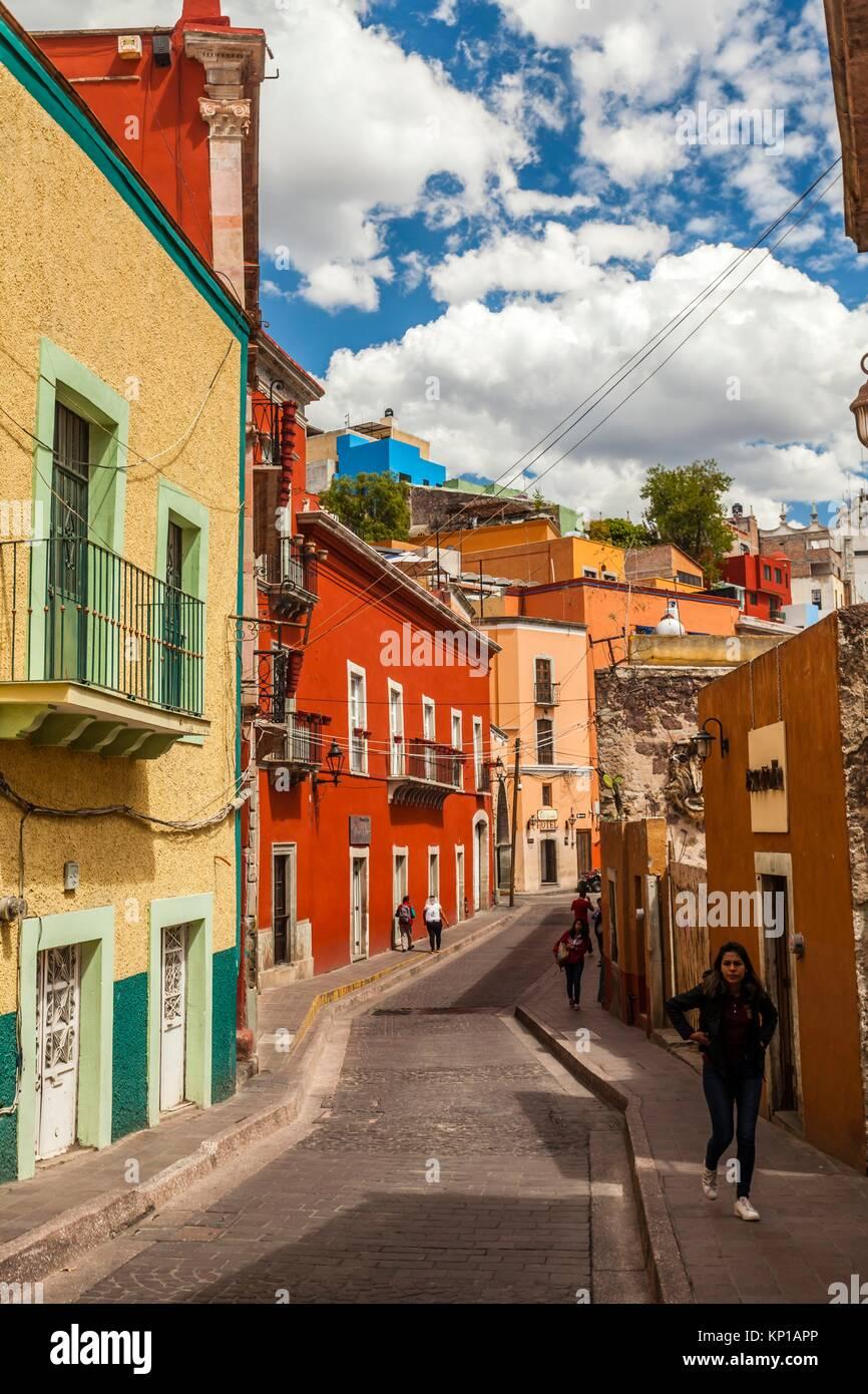 Street scene in the historic center of Guanajuato, Mexico. - Stock Image