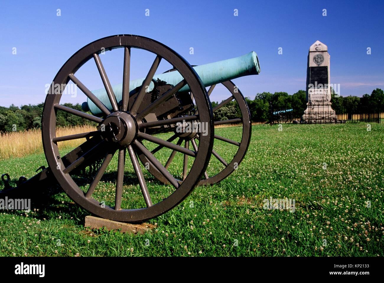 Brooklyn Fourteenth Monument with cannon, Manassas National Battlefield Park, Virginia. - Stock Image