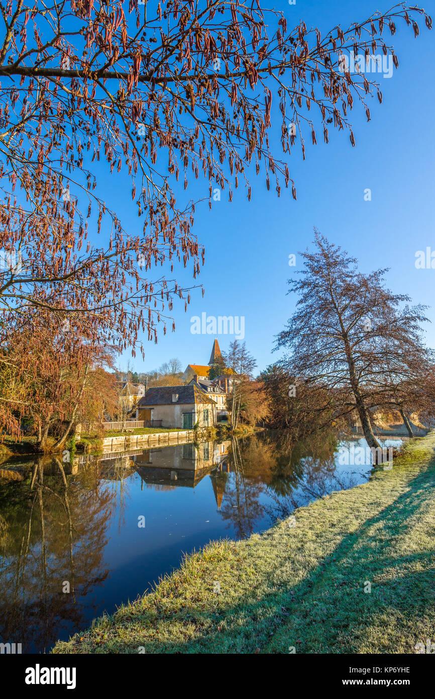 Riverside view, river Claise, Preuilly-sur-Claise, France. - Stock Image