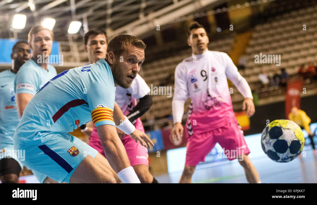 Leon, Spain. 16th December, 2017. Victor Tomas (FC Barcelona) during the handball match of 2017/2018 Spanish Asobal - Stock Image