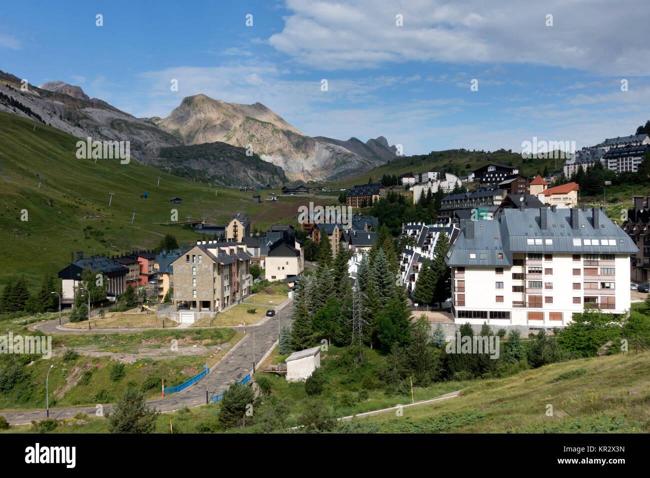 Candanchú ski resort.Pyrenees.Huesca.Spain - Stock Image