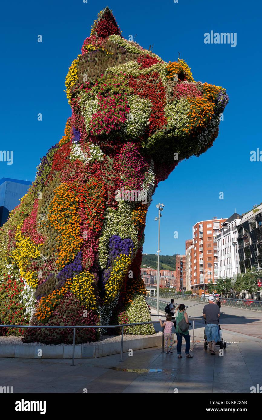 Puppy flower sculpture.Artist: Jeff Koons.Guggenheim Museum.Bilabao.Spain - Stock Image