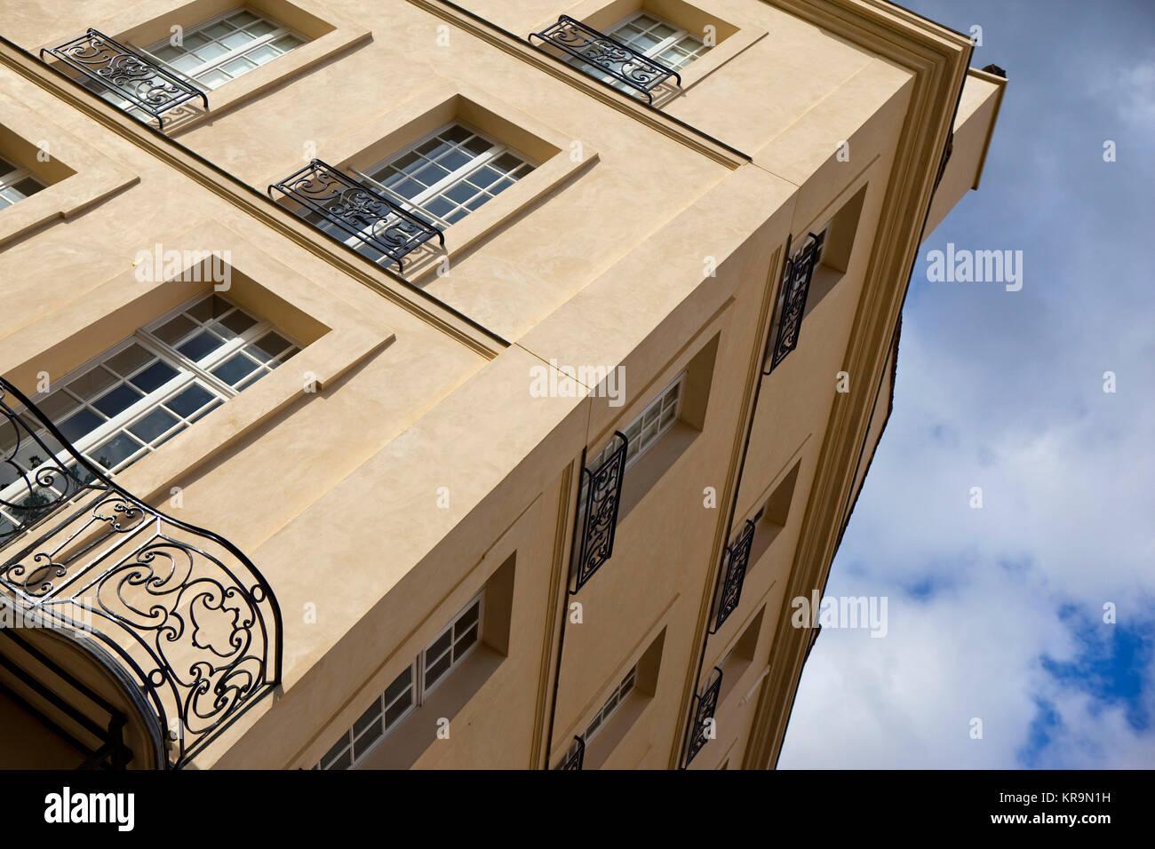 Classic building in Paris - Stock Image