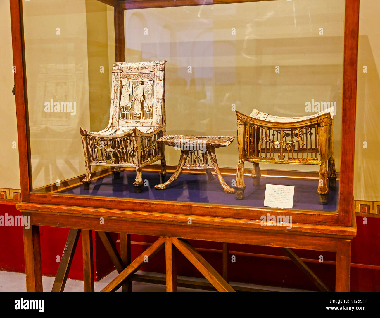 tutankhamuns-wooden-chair-table-and-stool-painted-white-from-king-KT259H.jpg