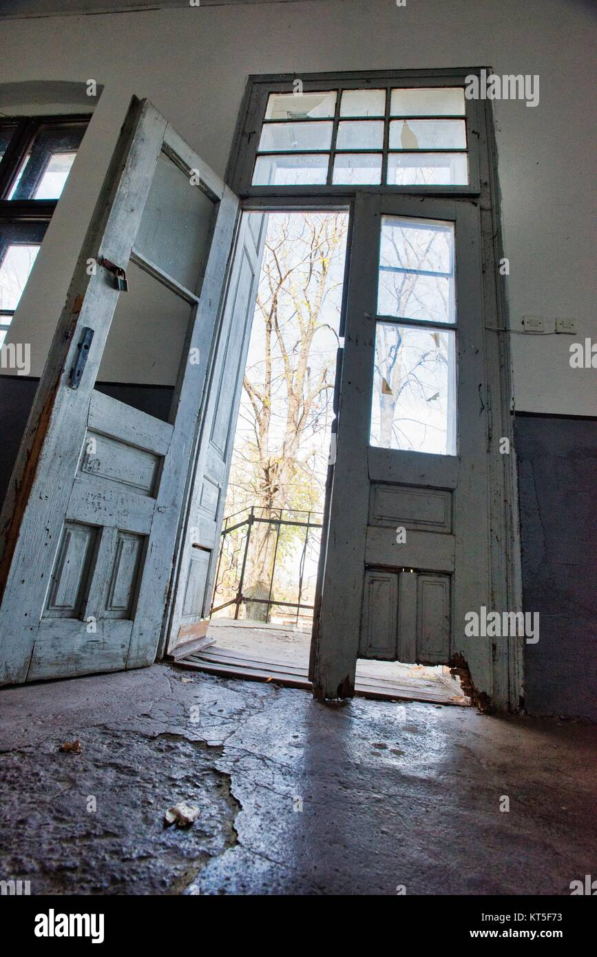 Aging rural communities such as Boljevac in Serbia  Empty school building - Stock Image