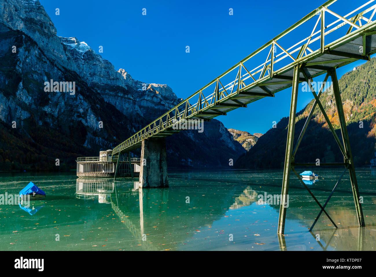 Switzerland, Canton of Glarus, Kloen Valley, Lake Kloentalersee, overflow - Stock Image