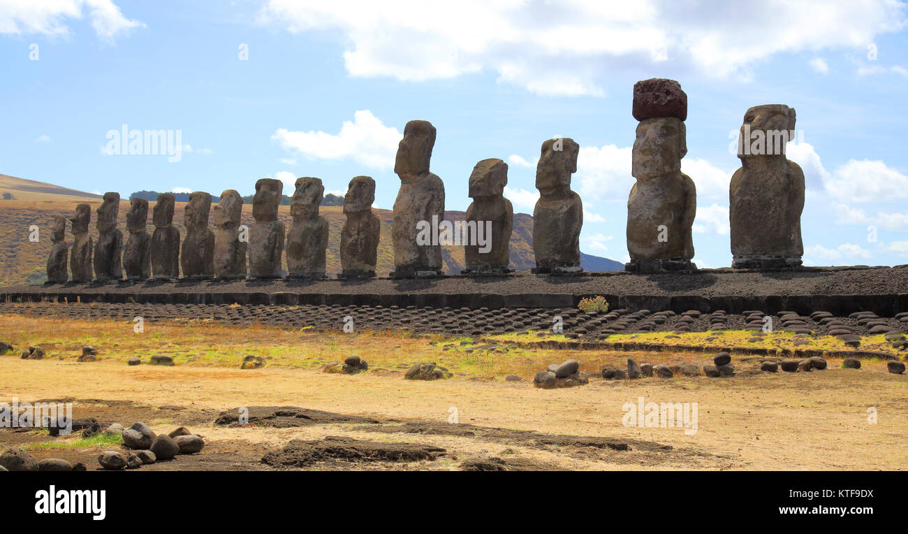 the stone heads of ahu tongariki easter island Stock Photo