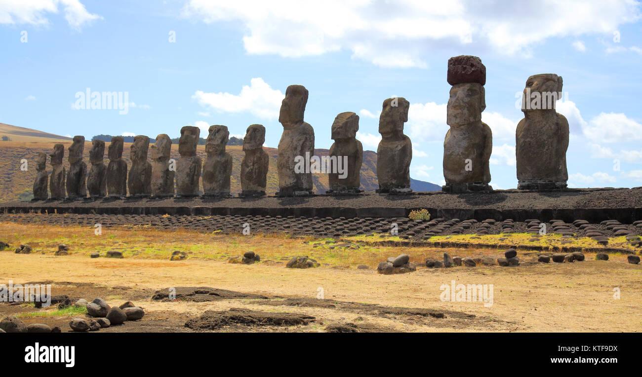 the stone heads of ahu tongariki easter island Stock Photo