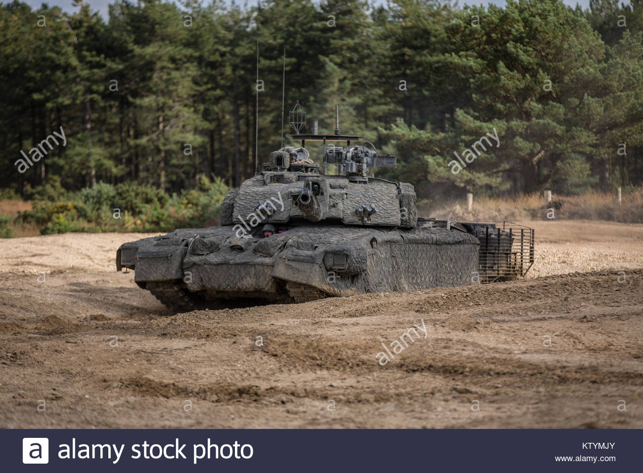 54684733b357 Pictured is the UK Main Battle Tank