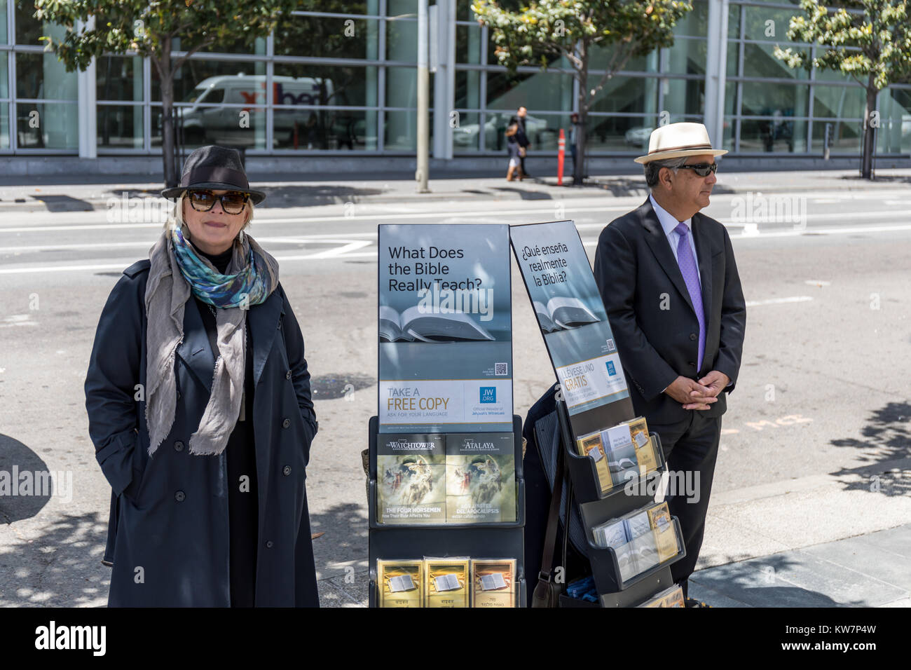 """What Does the Bible Really Teach?"", Jehovah's Witnesses, 4th Street, San Francisco Stock Photo"