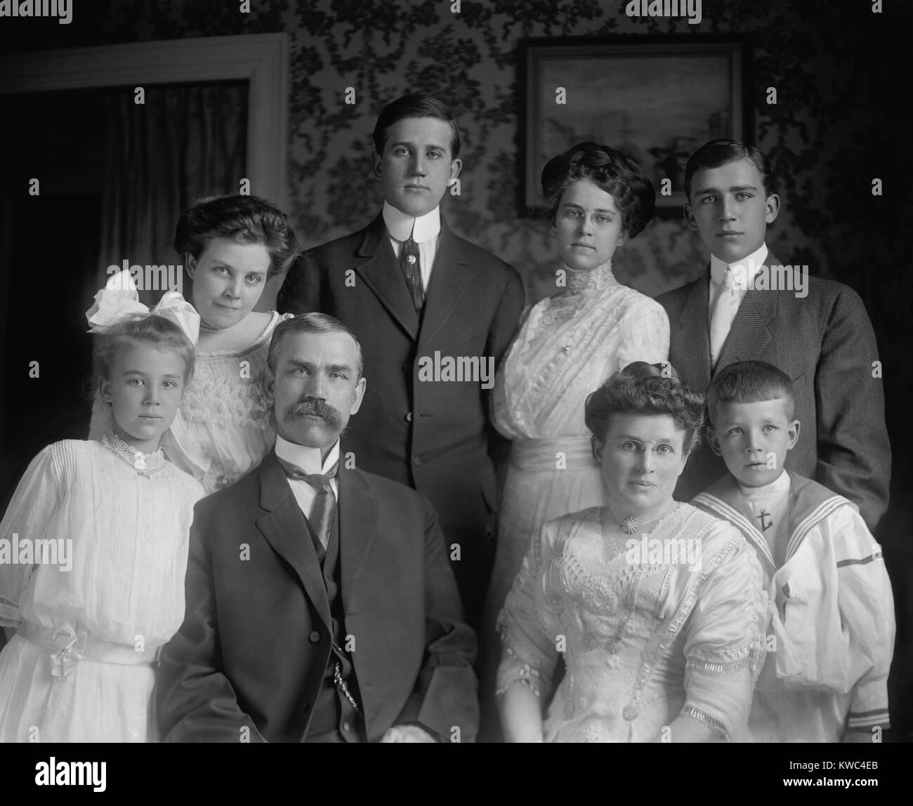 Utah Senator Reed Smoot with his family, ca. 1910. As a Mormon, his membership in the Senate was opposed for from - Stock Image