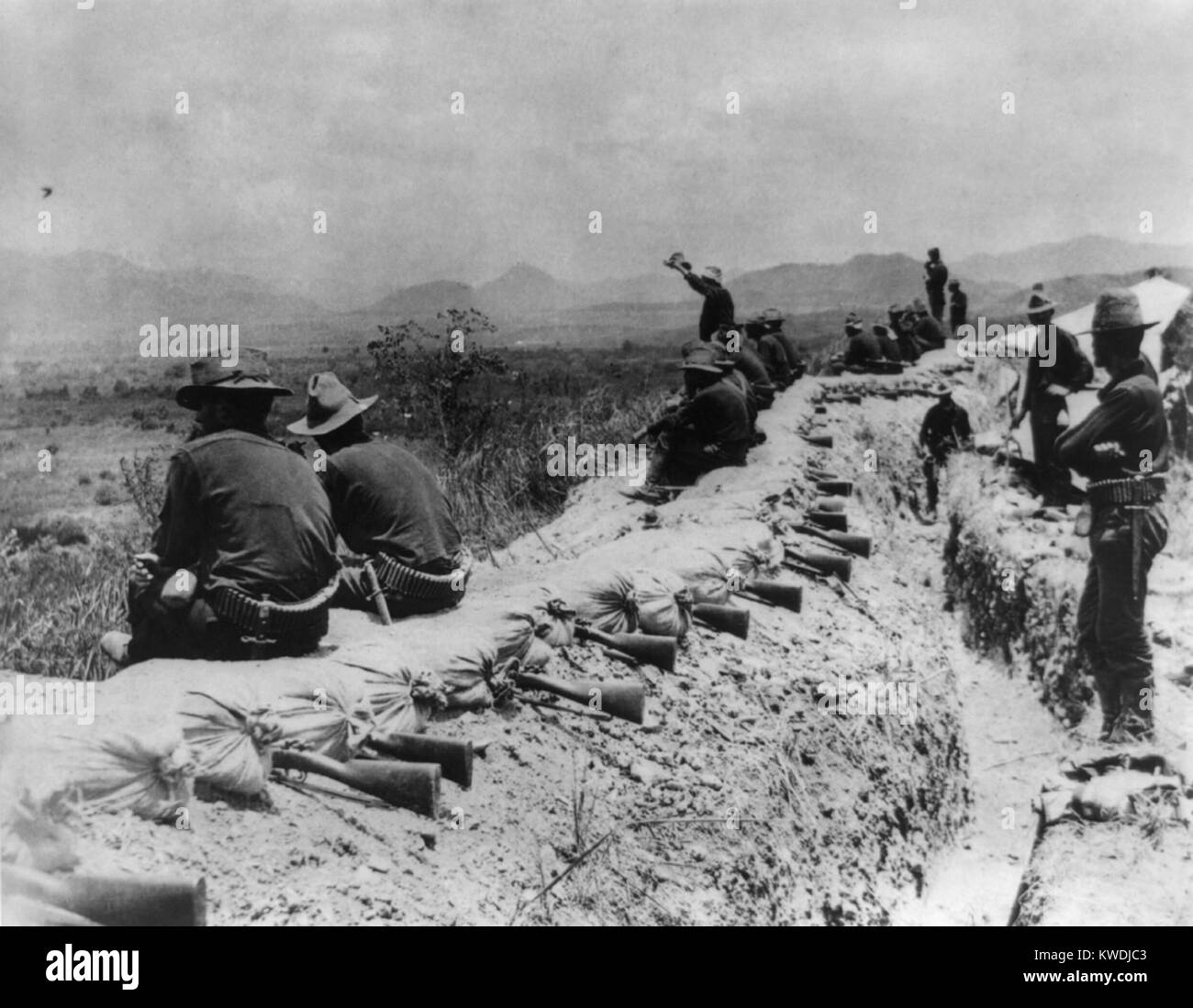 In the American trenches before Santiago during a truce, in July 1898. On the high ground above the city and harbor - Stock Image
