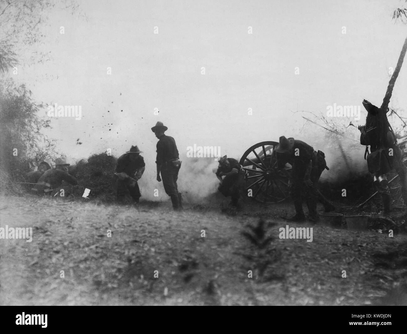 Philippine-American War fighting began on Feb. 4, 1899. Utah Battery on McCloud Hill, February 5, 1899, was firing - Stock Image