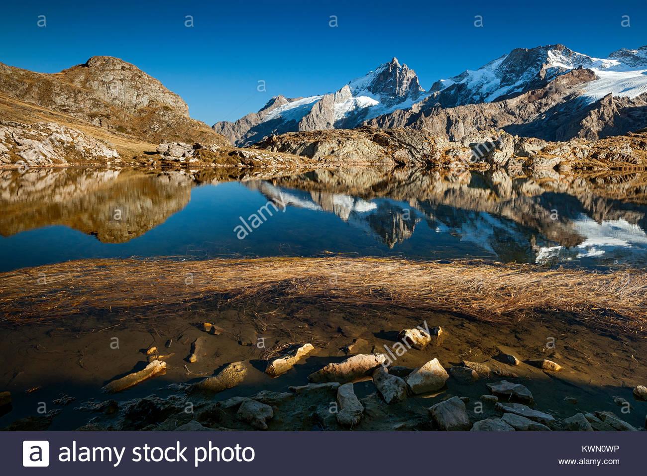 lake-lri-reflecting-la-meije-north-face-