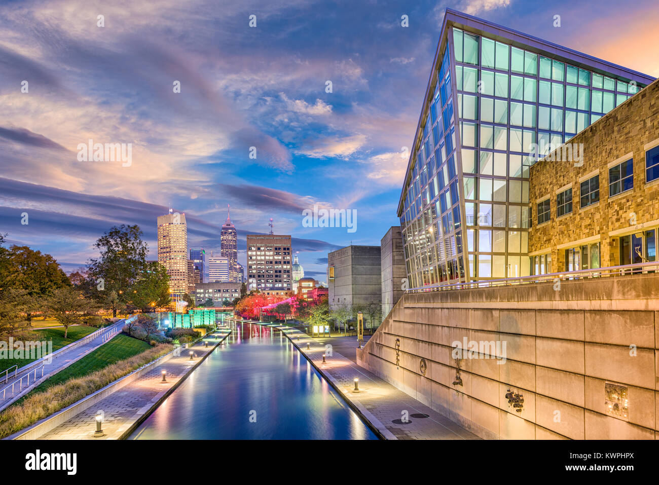 Indianapolis, Indiana, USA skyline and canal. - Stock Image