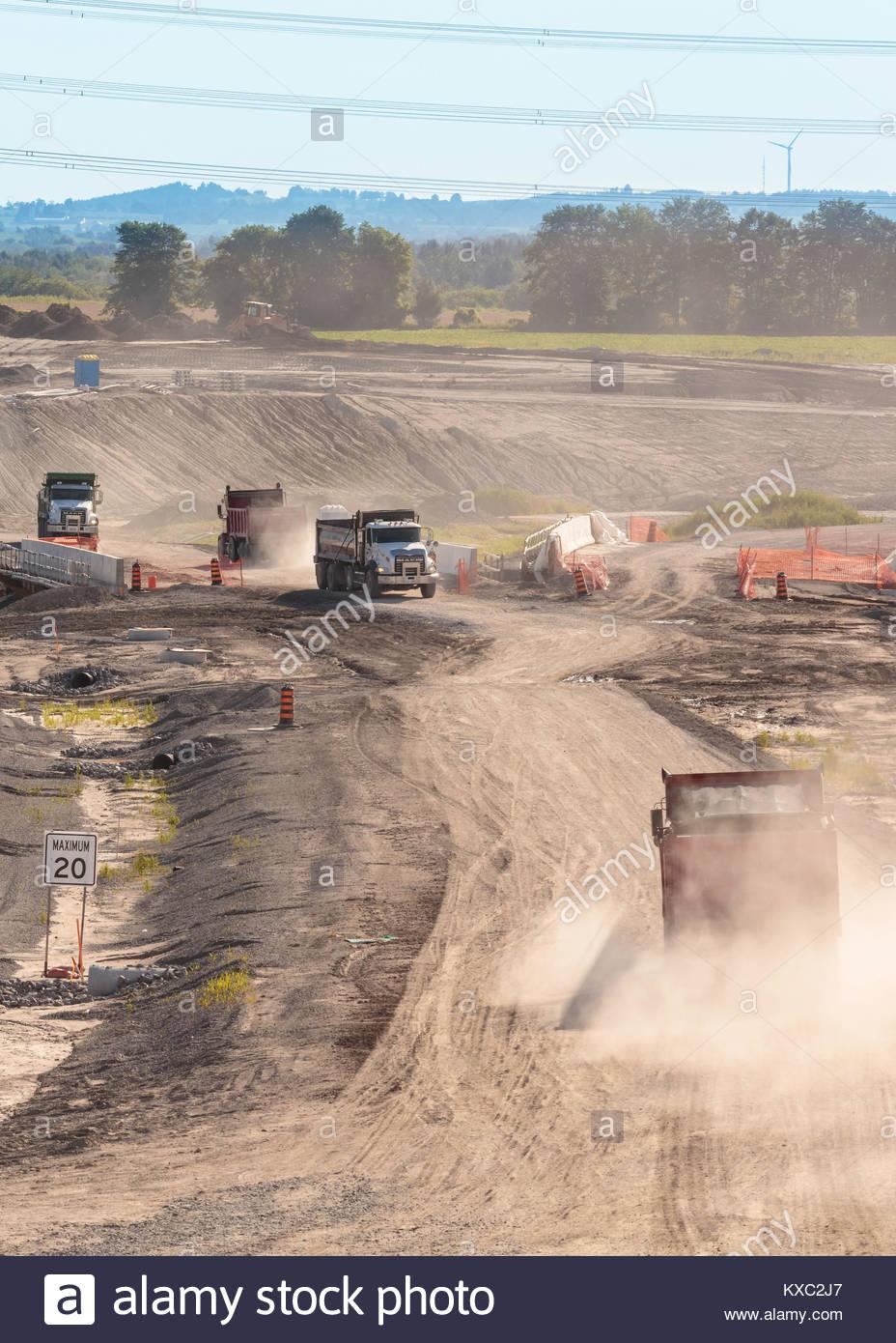 highway-407e-construction-excavation-tru