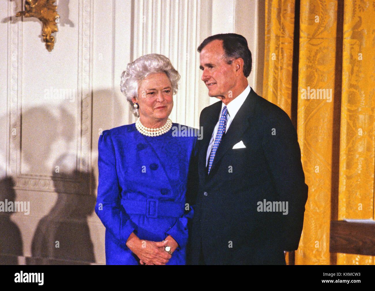 United States President George H W Bush And First Lady Barbara Bush