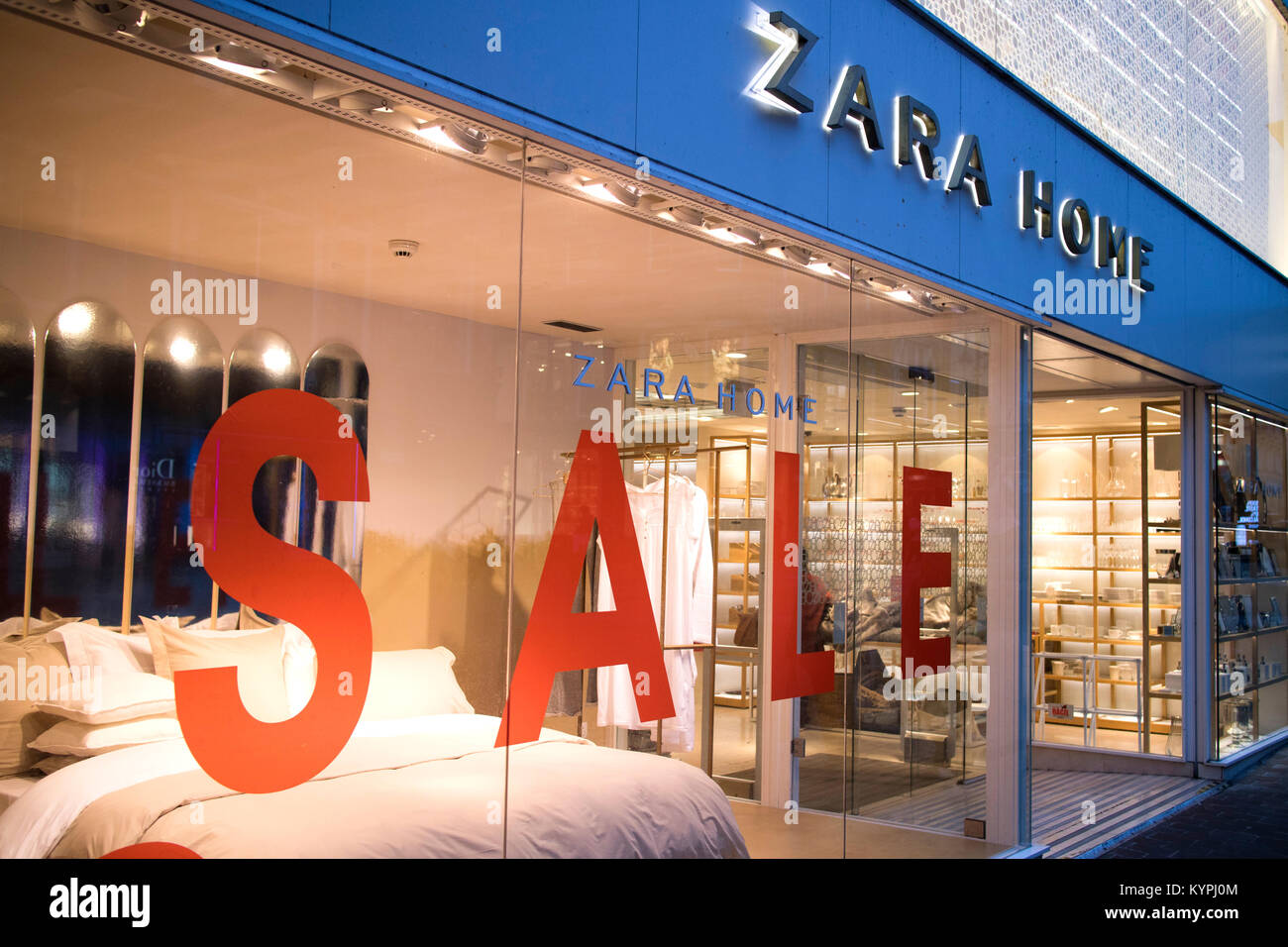 39 zara home 39 stock photos 39 zara home 39 stock images alamy. Black Bedroom Furniture Sets. Home Design Ideas