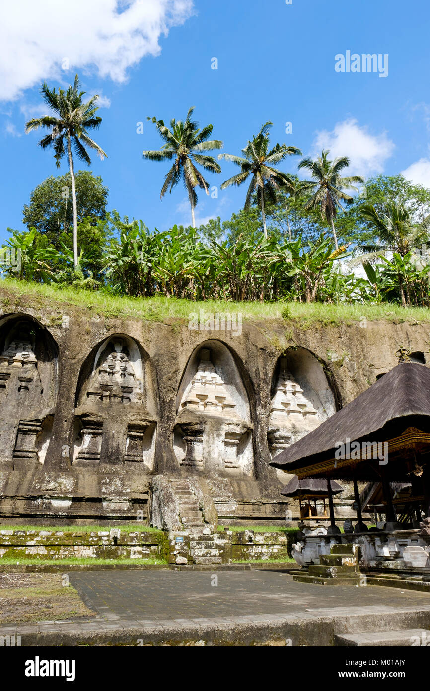 Group of four (out of ten) rock-cut shrines at Gunung Kawi complex in Tampaksiring, Bali, Indonesia. - Stock Image