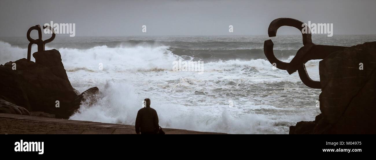 View of 'The Comb of the Wind', by Spanish sculptor Eduardo Chillida at the new promenade of San Sebastian, - Stock Image