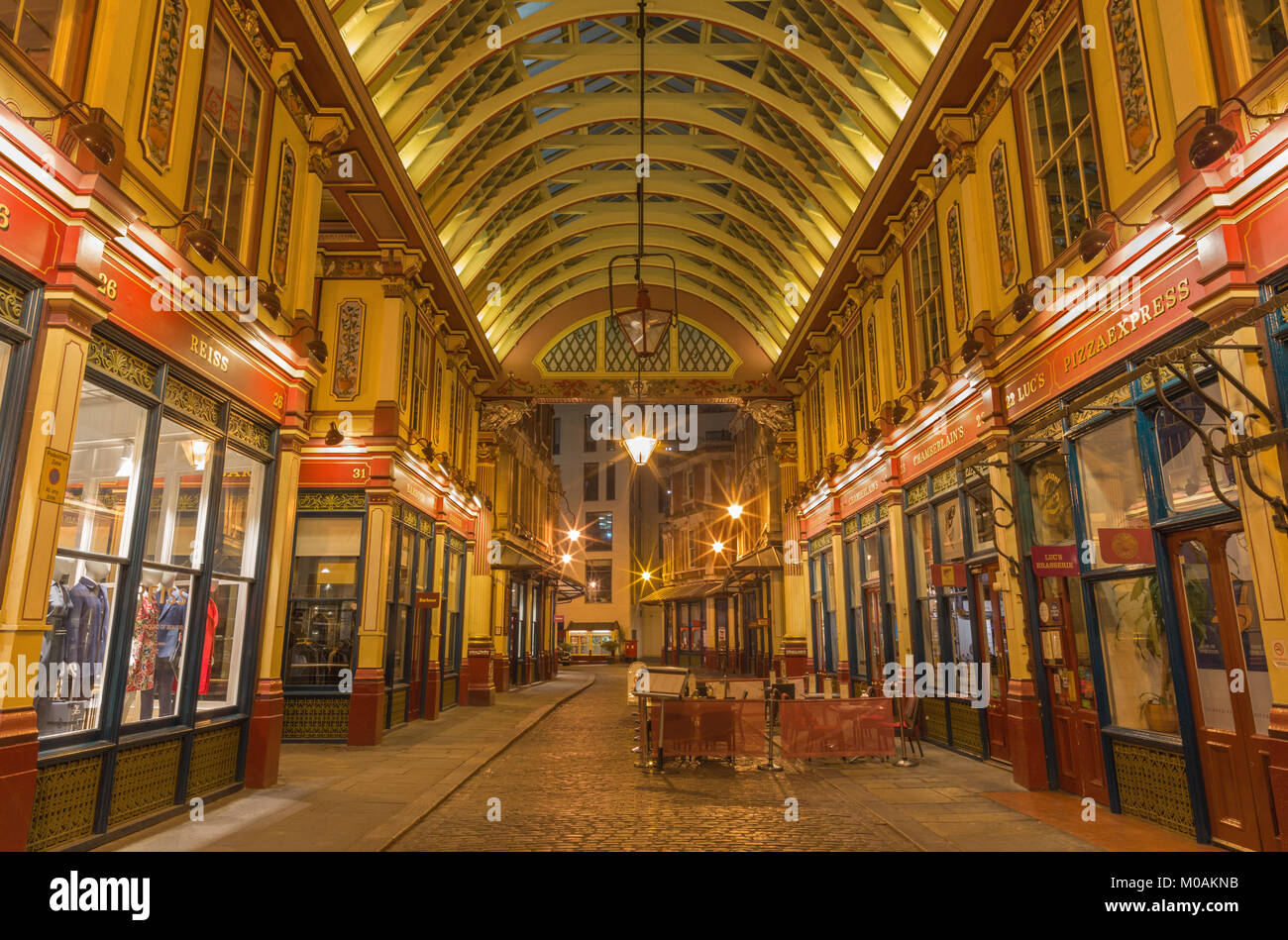 LONDON, GREAT BRITAIN - SEPTEMBER 18, 2017: The gallery of Leadenhall market at night. - Stock Image