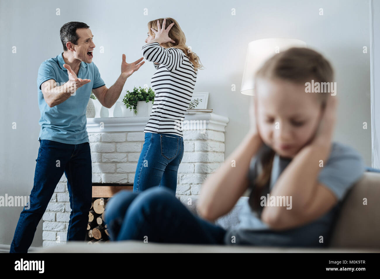 child violence and parents responsibility Parental responsibility (pr) is defined in the children act 1989 (ca 89) as all the rights, duties, powers, responsibilities and authorities which by law a parent of a child has in relation to the child and the.