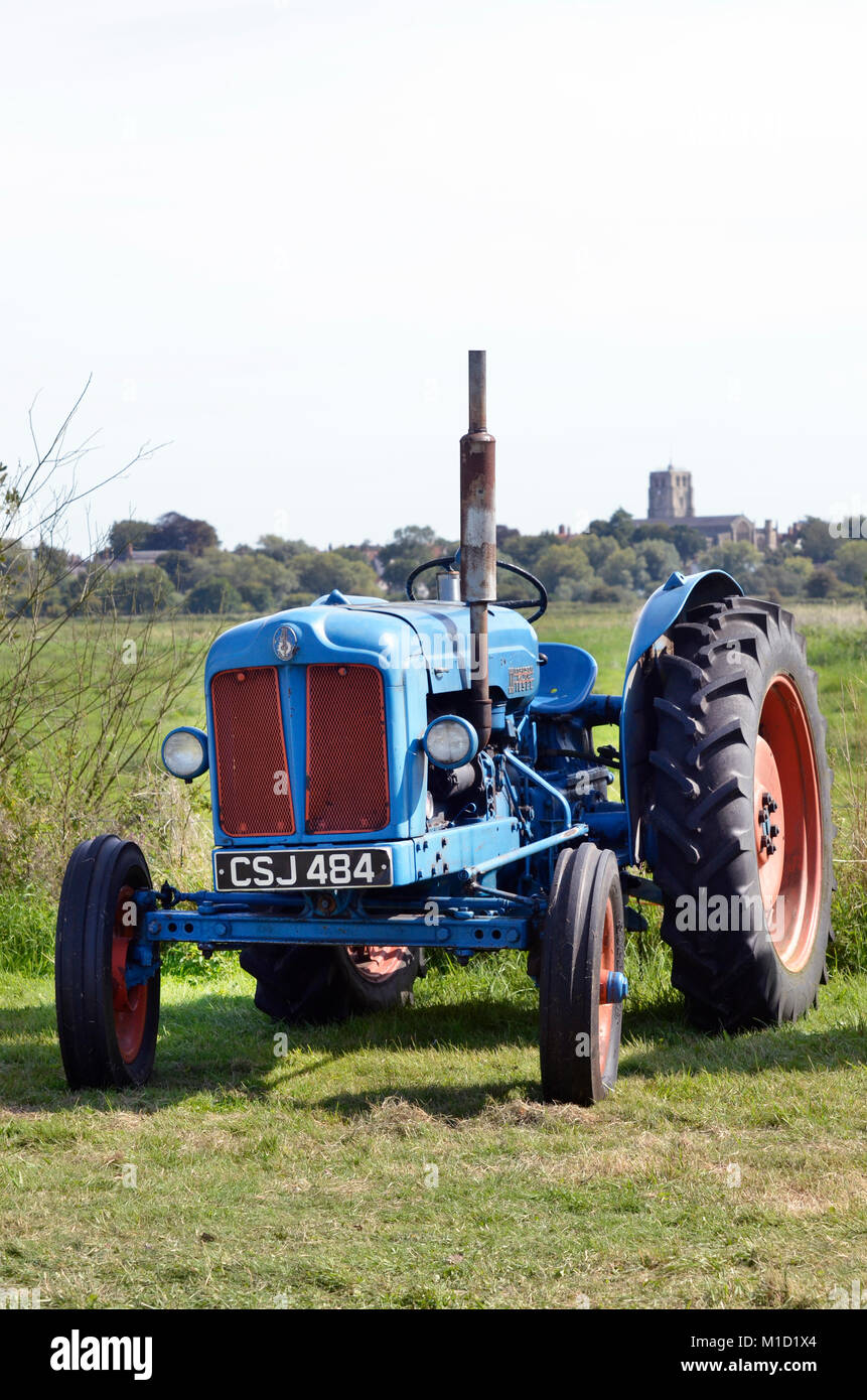 fordson major diesel tractor - Stock Image