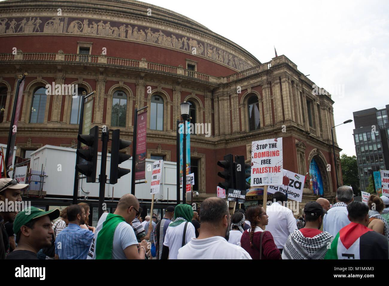 Royal Albert Hall, Free Gaza Demo - Stock Image