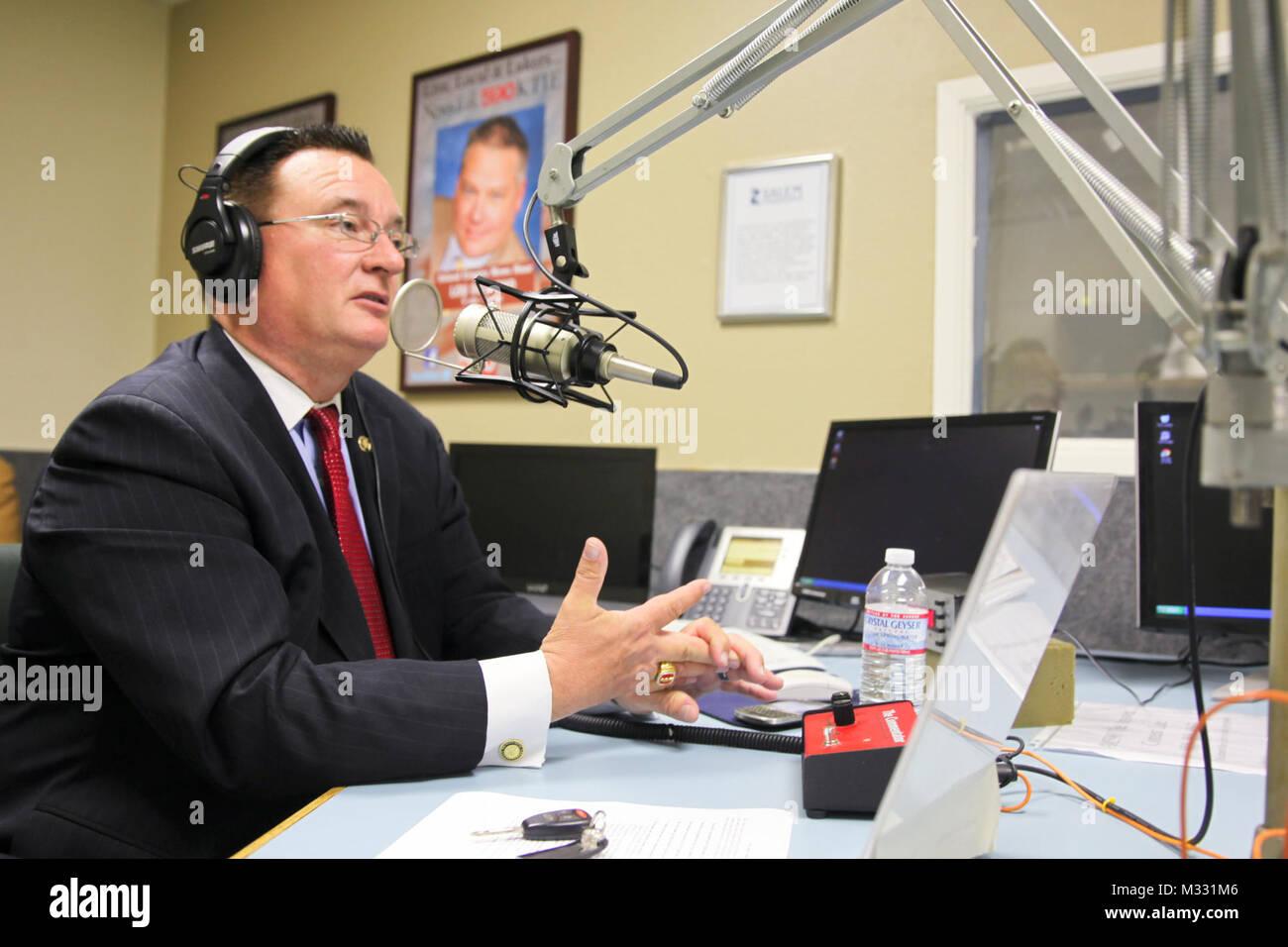 140408-N-BA377-007 SAN BERNARDINO, Calif. (April 8, 2014) Thomas Freeman, commissioner of Riverside County's Office - Stock Image