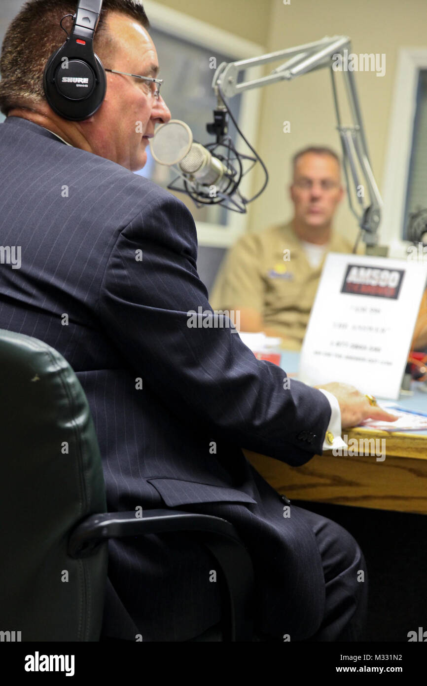 140408-N-BA377-026 SAN BERNARDINO, Calif. (April 8, 2014) Thomas Freeman, left, commissioner of Riverside County's - Stock Image