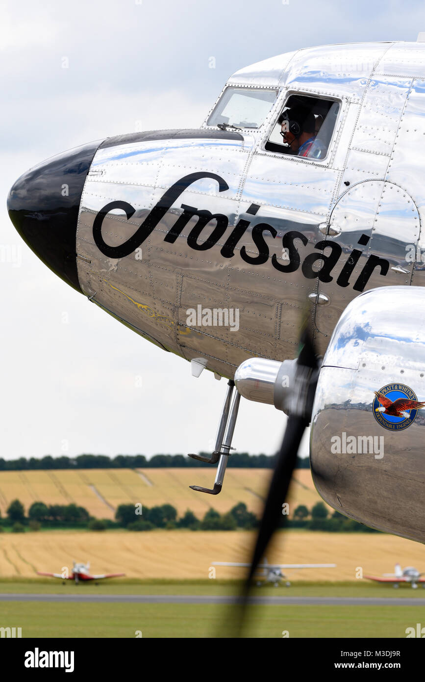 vintage-swissair-crossair-douglas-dc-3-transport-with-period-title-M3DJ9R.jpg