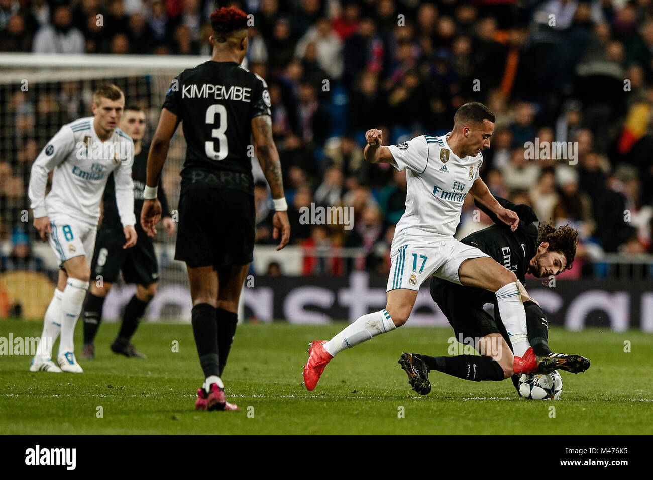 Lucas Vazquez (Real Madrid) fights for control of the ball with Adrien  Rabiot (