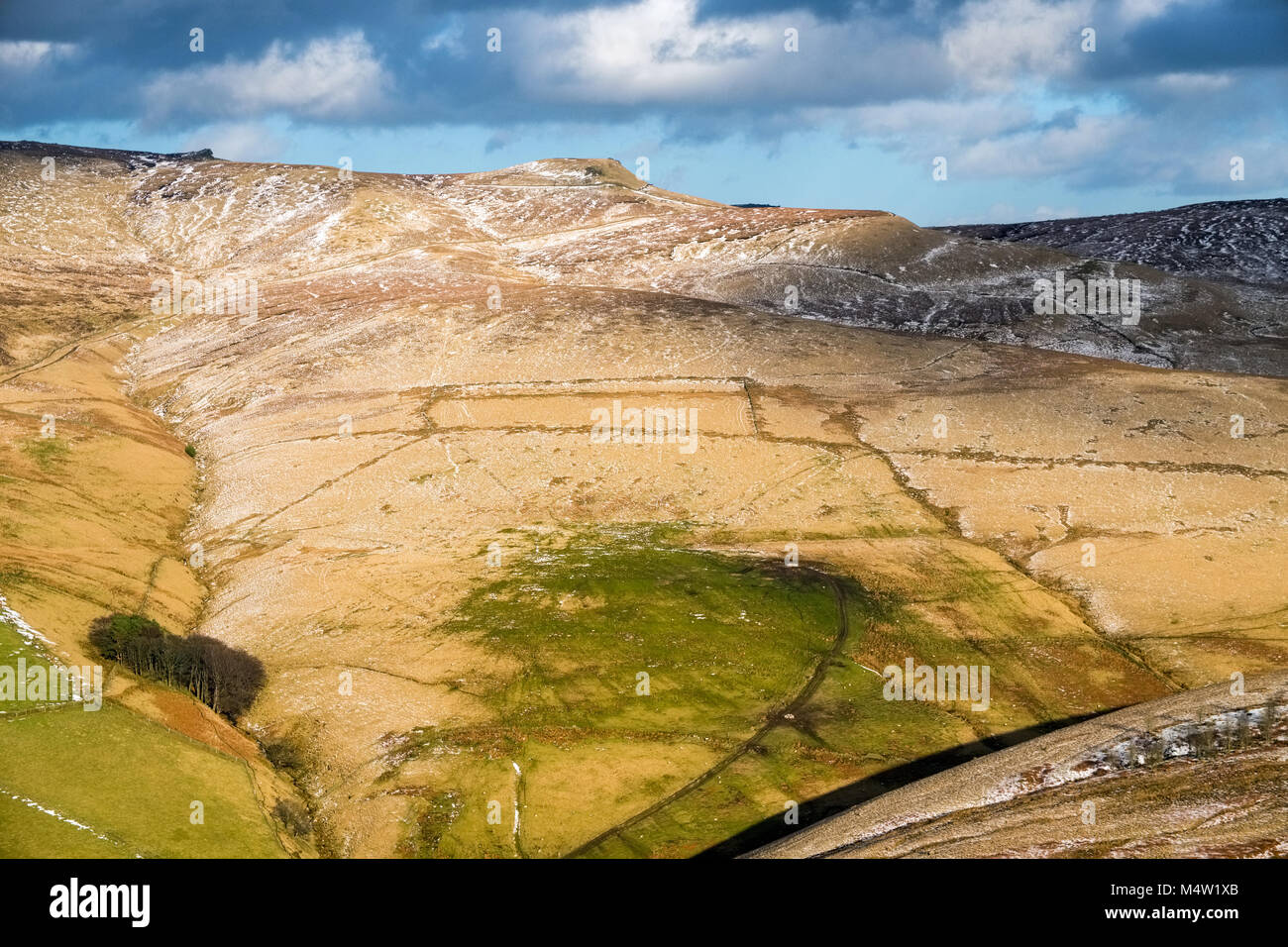 Looking from South Head towards Edale Rocks, Swine's Back, Edale Cross. Kinder Scout, Peak District National - Stock Image