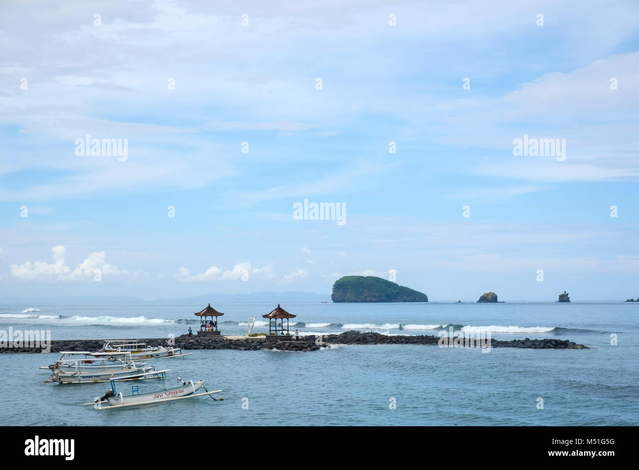 View from Candi Dasa (or Candidasa) beach, Bali, Indonesia. - Stock Image