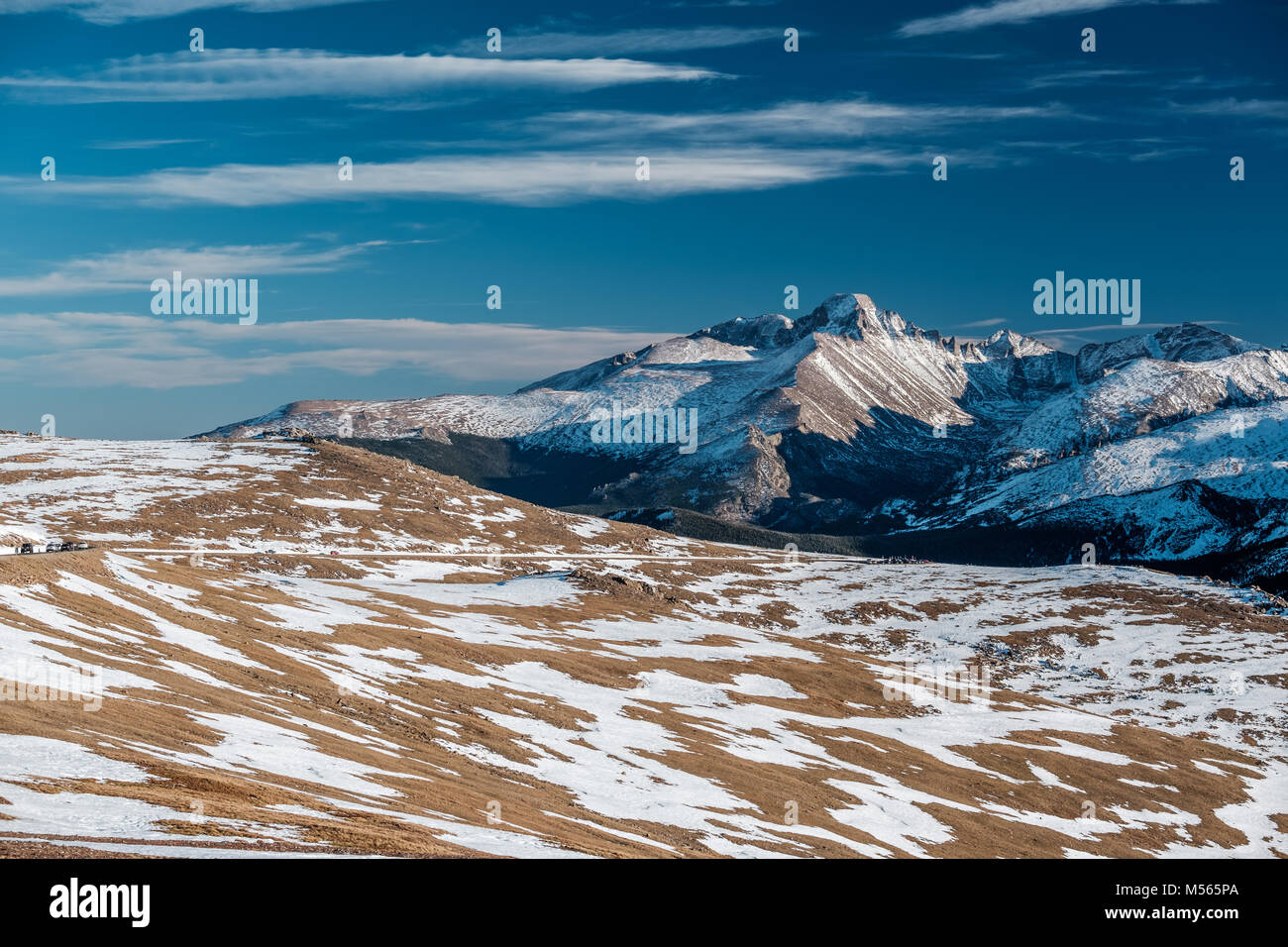High alpine tundra landscape with mountains - Stock Image