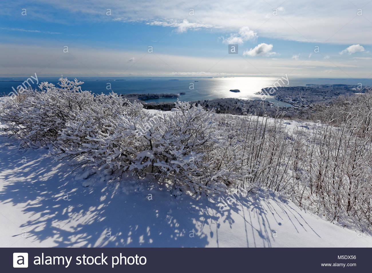 snow-on-mt-battie-camden-maine-usa-M5DX5