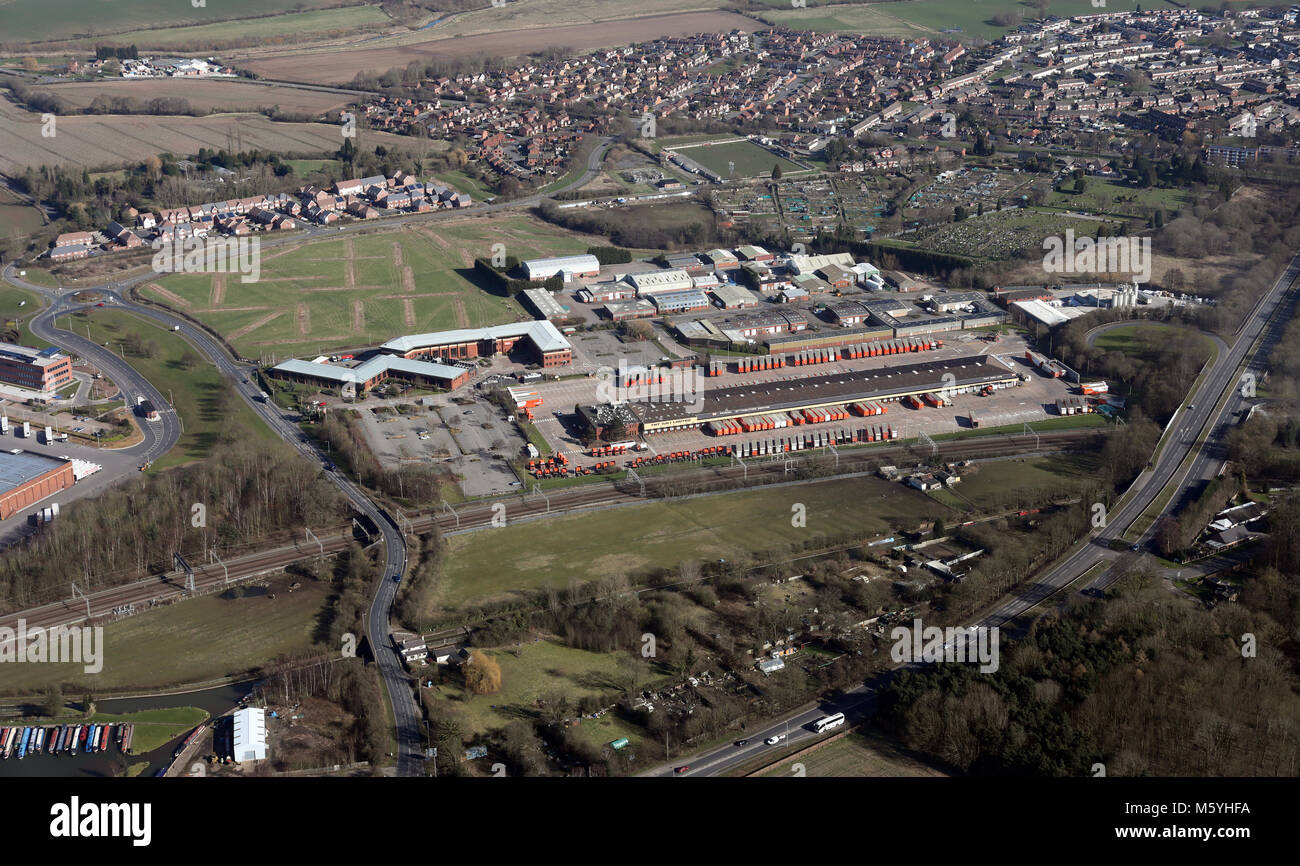 aerial view of TNT Atherstone depot & distribution centre near Nuneaton, UK - Stock Image