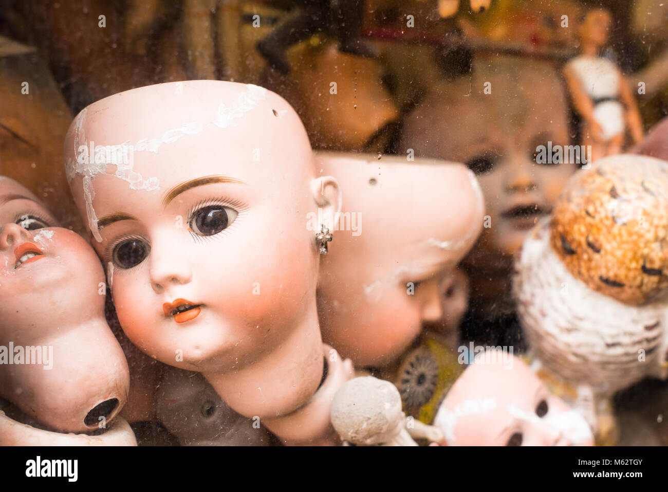 Ospedale delle Bambole (Doll Hospital). A hospital where antique dolls are given new life. Via di Ripetta near Piazza Stock Photo