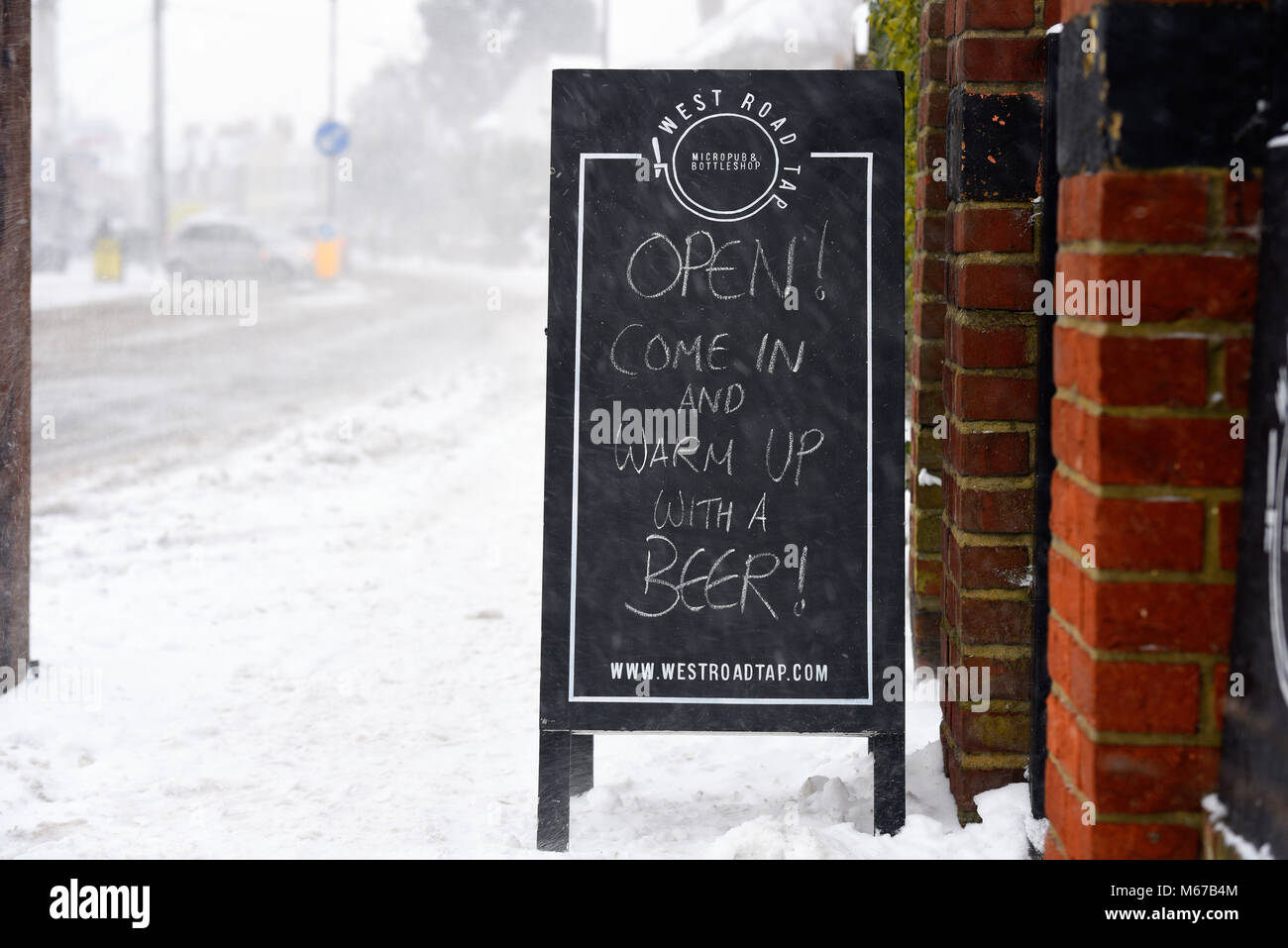 beast-from-the-east-snow-continues-to-be-an-issue-in-the-southend-M67B4M.jpg