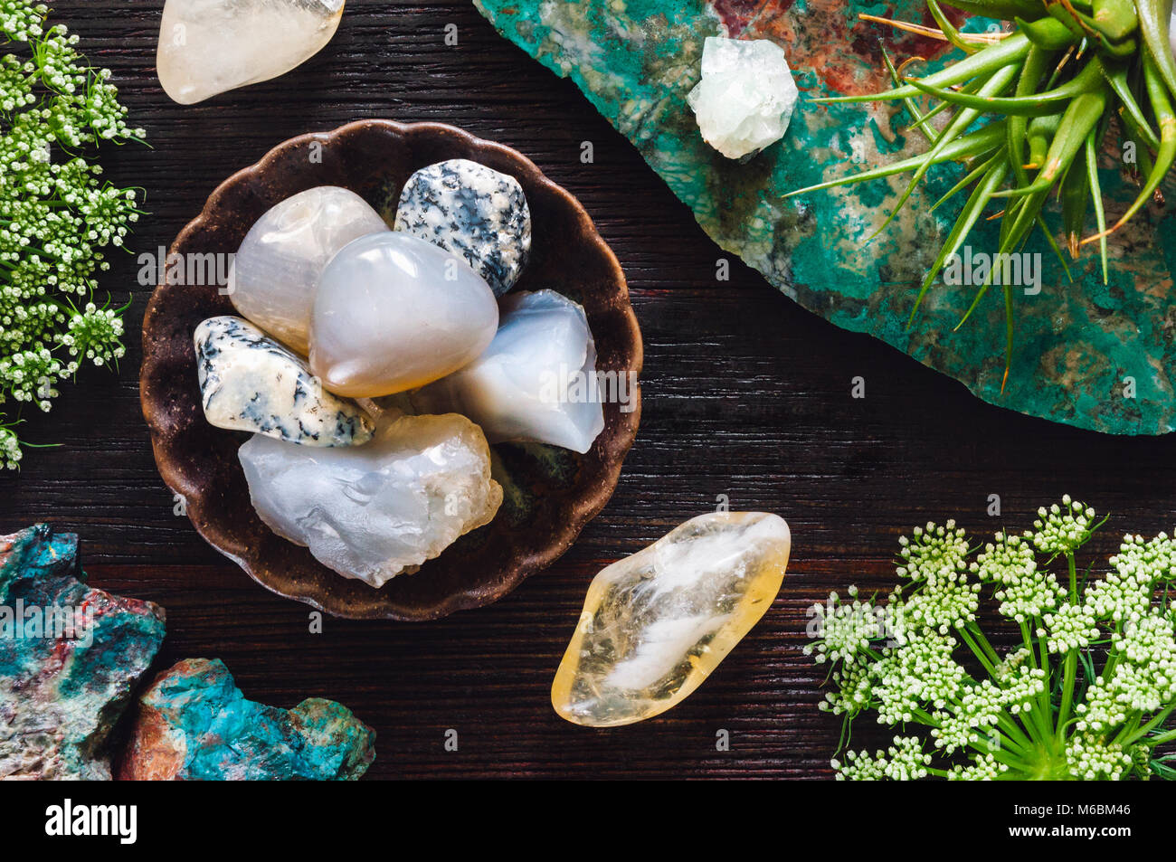 Stones of Gemini, including Agate, Chalcedony, Apophyllite, Citrine and Chrysocolla - Stock Image