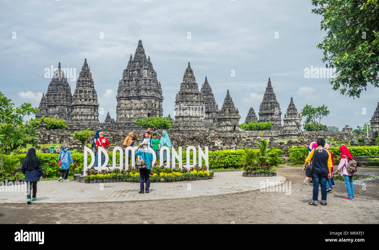 Indonesia, Central Java, photo oportunity at mid-9th century Prambanan Hindu Temple - Stock Image