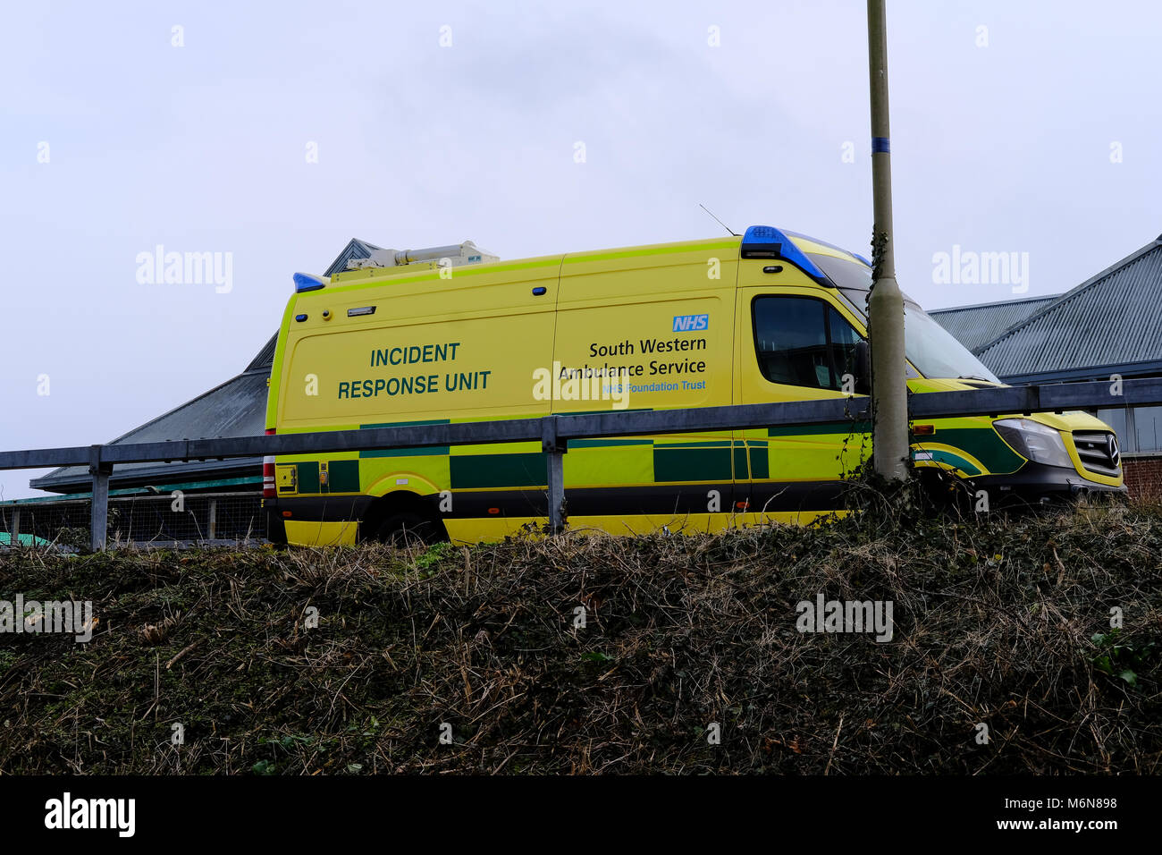 Salisbury, UK.  5th March 2018 The A & E department has been closed to the public and the fire service has been Stock Photo
