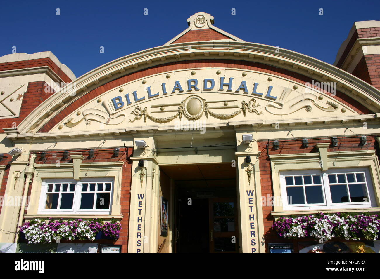 Billiard hall, built 1913 for Willie Holt billiard table manufacturer, now a Weatherspoons pub, West Bromwich - Stock Image