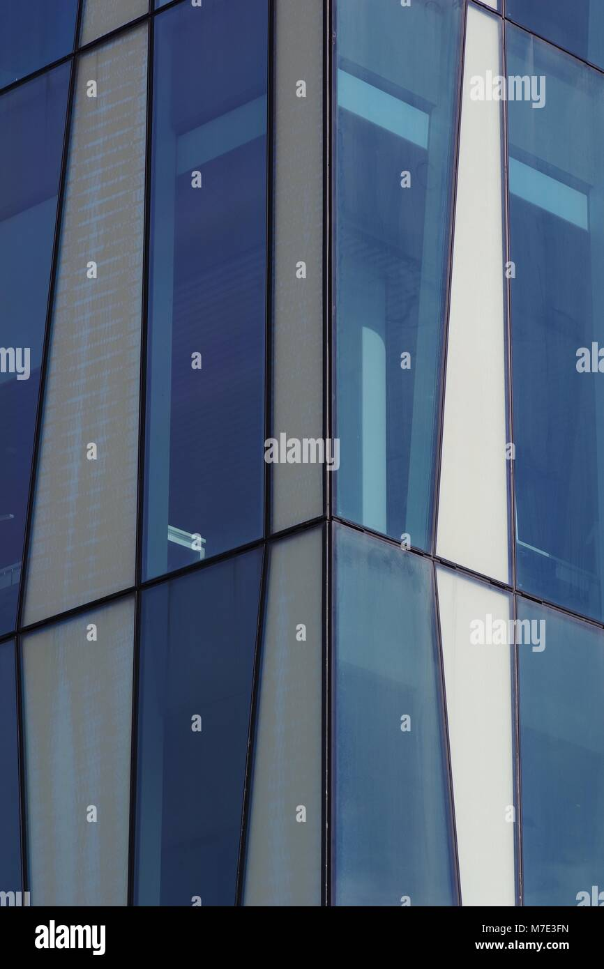 Aberdeen University Meston Building Address