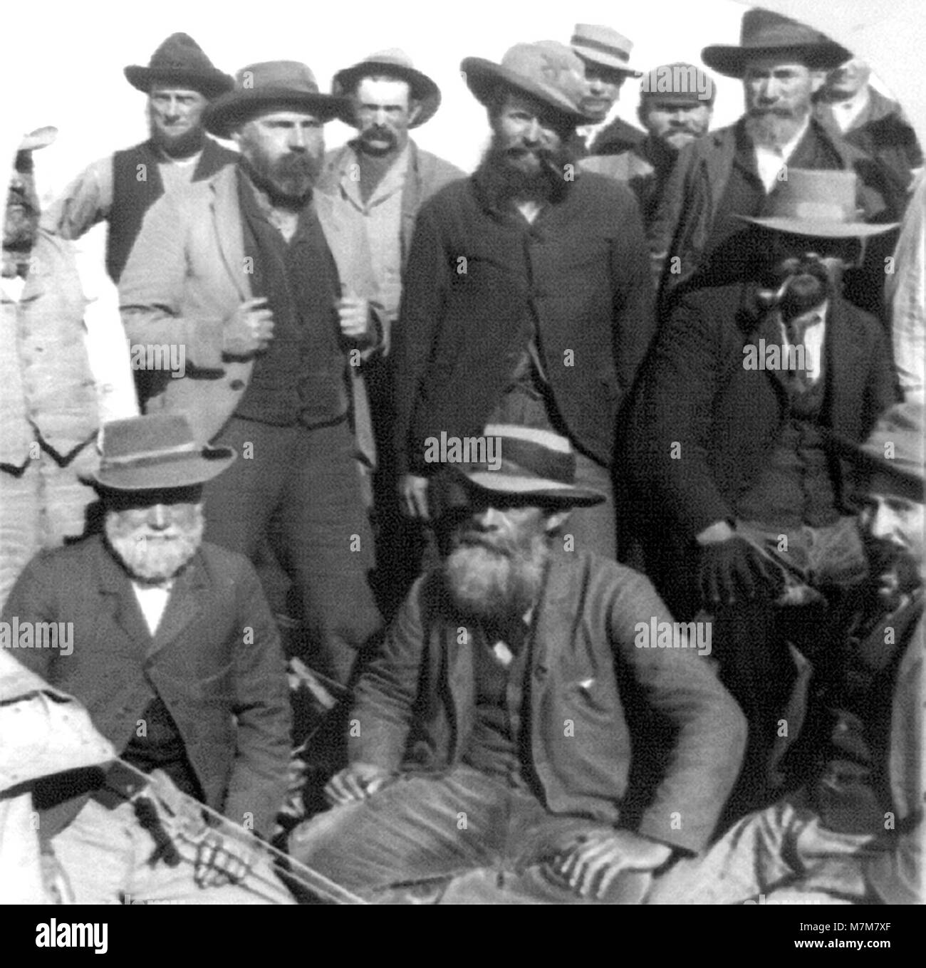 A group of Boer prisoners of war in Simonstown during the Second Boer War (1899-1902). Photo c.1901 - Stock Image