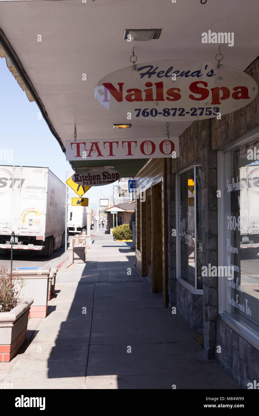 Main street bishop california stock photos main street for Tattoo shops in bridgeport ct