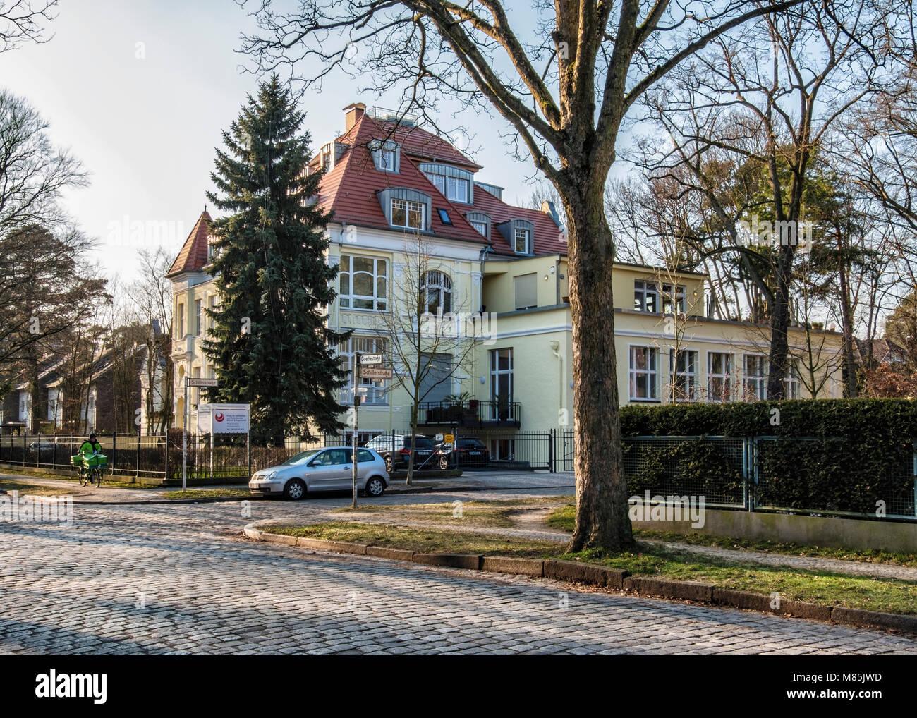 Jwd Berlin berlin zehlenfdorf large residence historic traditional house