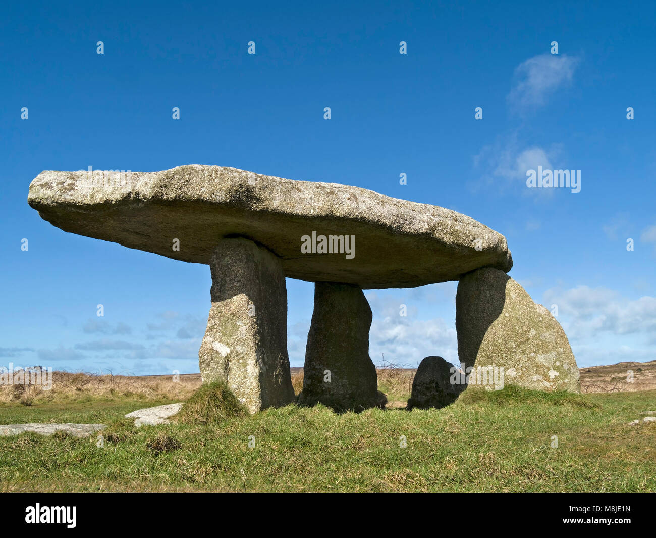 Lanyon Quoit (also known as Giant's table) ancient standing stones of long barrow burial chamber near Madron, - Stock Image