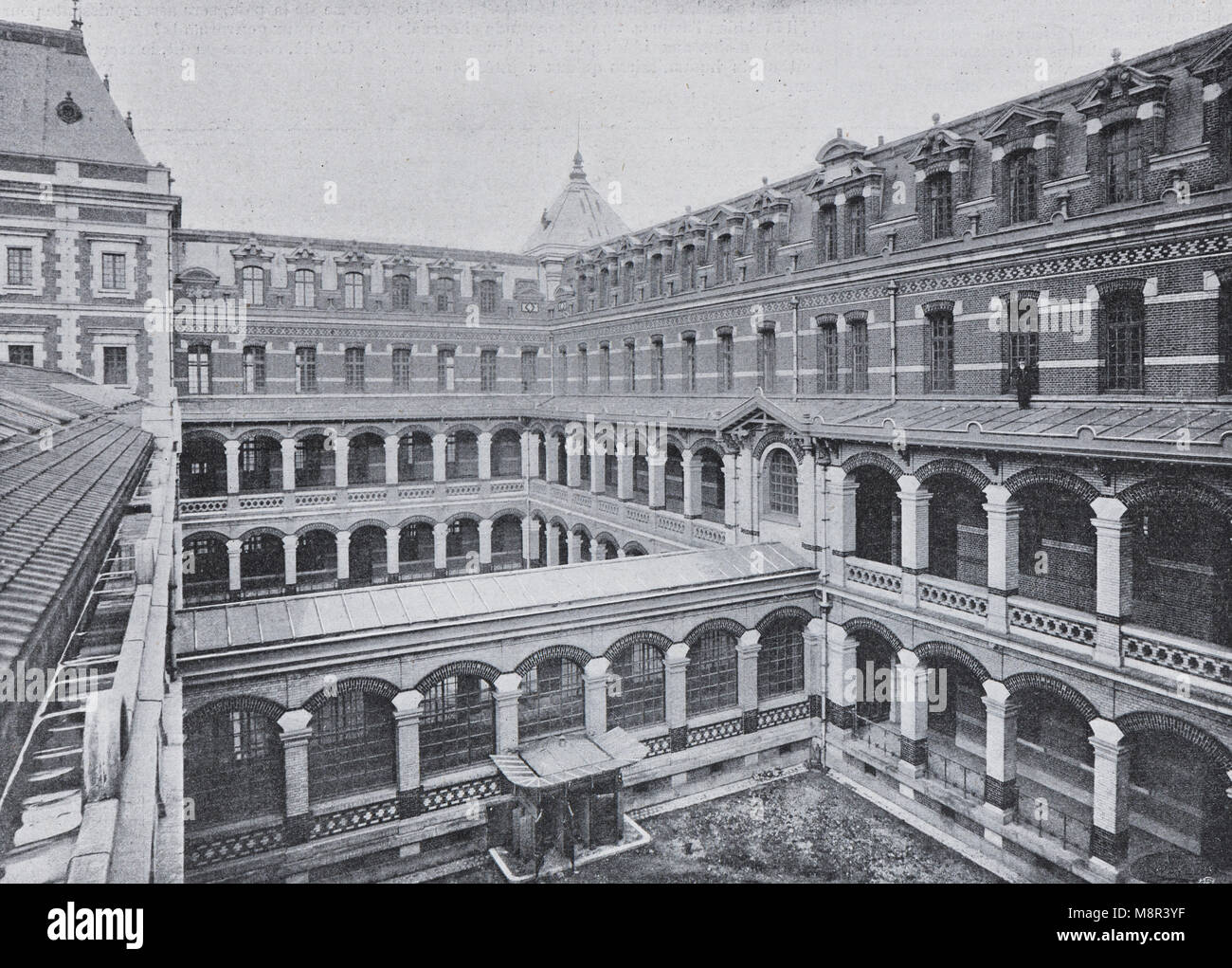 Famous Ecole des Arts et Metiers de Lille, Picture from the French weekly newspaper l'Illustration, 13th October - Stock Image